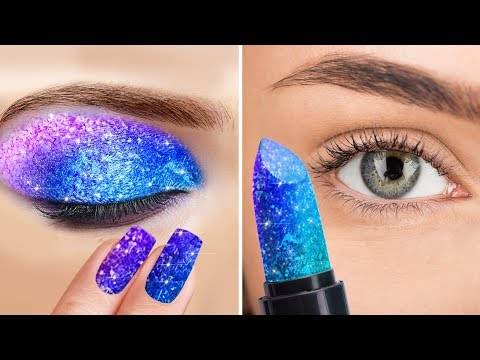 35 UNPREDICTABLE MAKEUP IDEAS