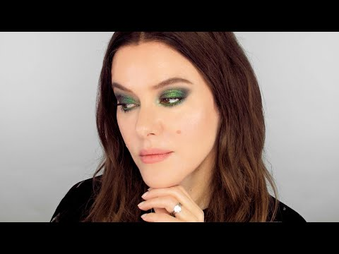 Emerald Green Eye – Red Carpet Makeup Look