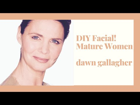 Top Beauty Tips for Women over 40 – DIY Facial for Women over 40