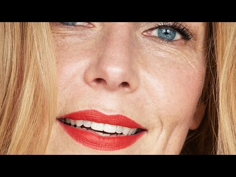 RED LIPS | MAKEUP TUTORIAL FOR WOMEN OVER 40 AND UP | THE BEAUTY OF AGING | AGE POSITIVE